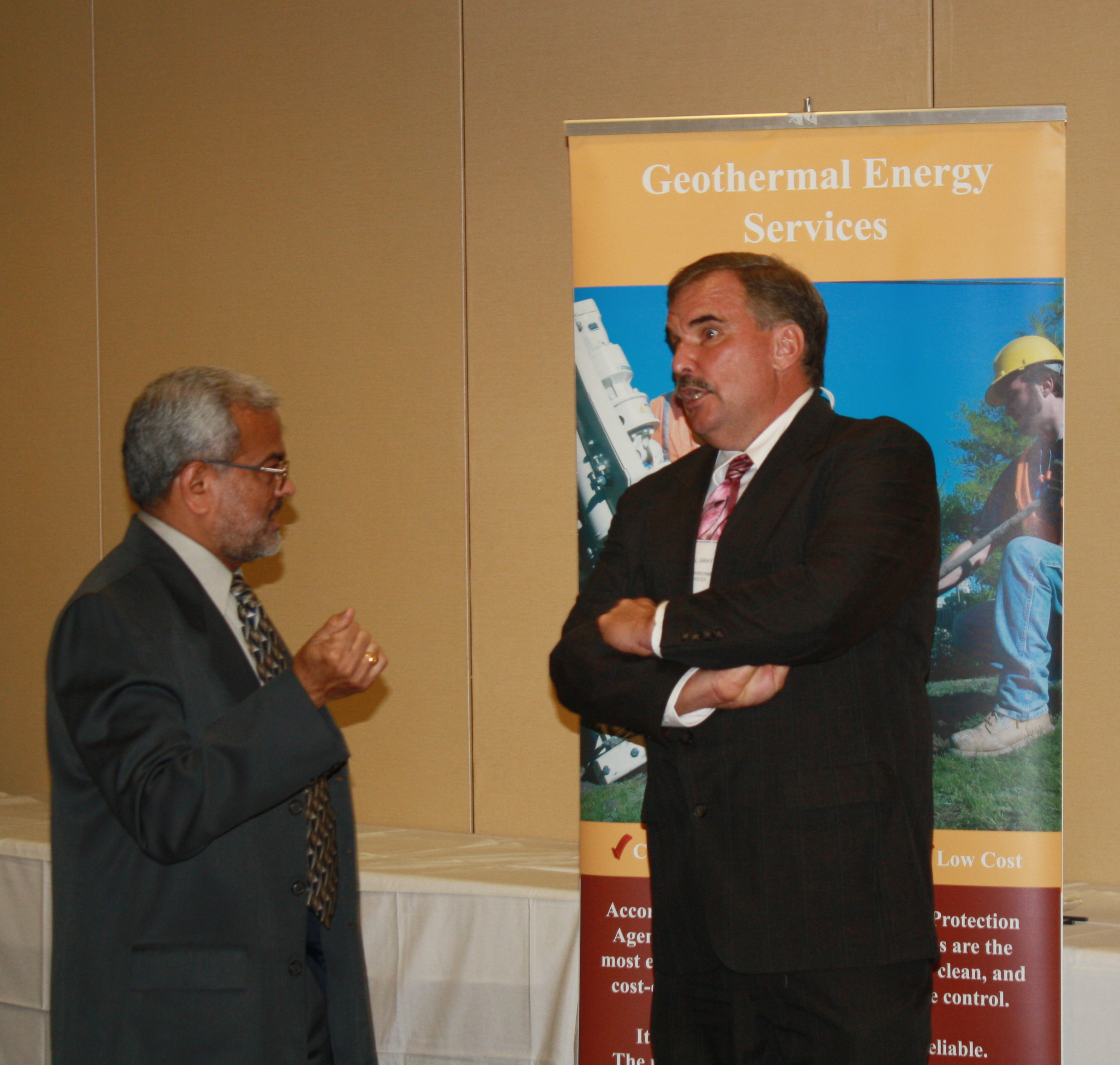 Vinod Patel of ISTC speaks to one of the exhibitors