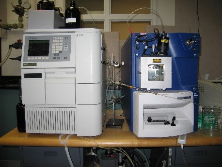 Waters LC/MS Micromass Quattro micro API mass spectrometer with GSI and GSCI ionization modes
